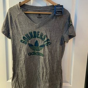 NWT adidas Seattle Sounders shirt vneck sz L
